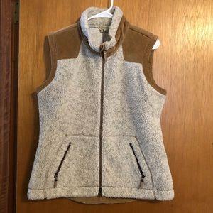 Women's Large Royal Robbins Vest.
